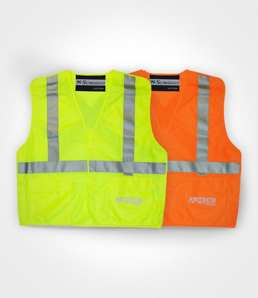 High visibility safety vest, tear away construction vests, 3M reflective tape, workwear, apparel, safety wear, blank, artech promotional wear, apparel, warehouse workwear, toronto, barrie, muskoka, peterbough, newmarket